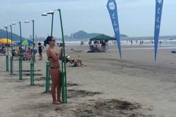 Sanepar instala duchas nas areias de Guaratuba